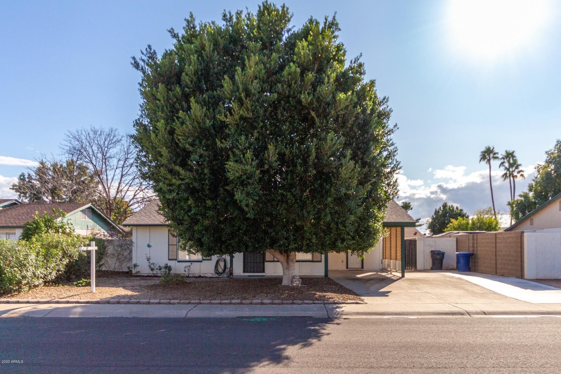 Photo of 2215 W STRAFORD Drive, Chandler, AZ 85224