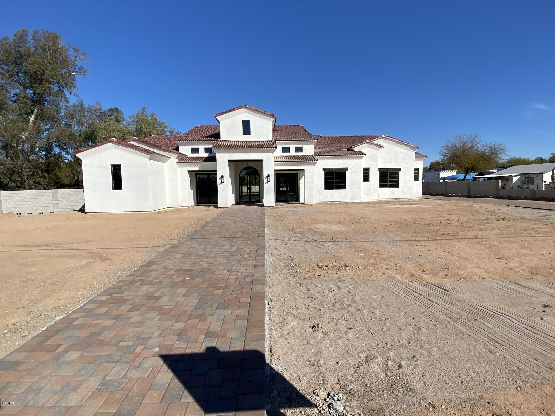 Photo of 12424 E VICTORIA Street, Chandler, AZ 85249