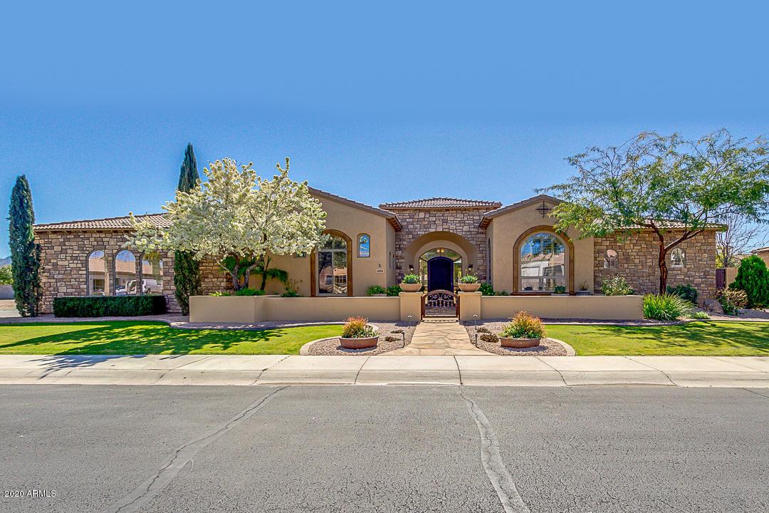 Photo of 4181 E AQUARIUS Place, Chandler, AZ 85249