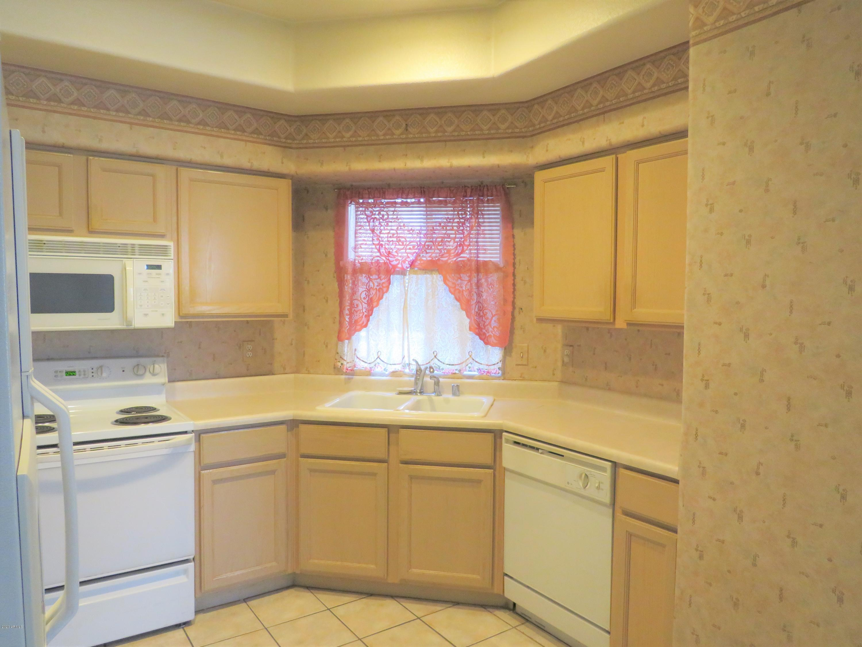 Photo of 9151 W GREENWAY Road #241, Peoria, AZ 85381