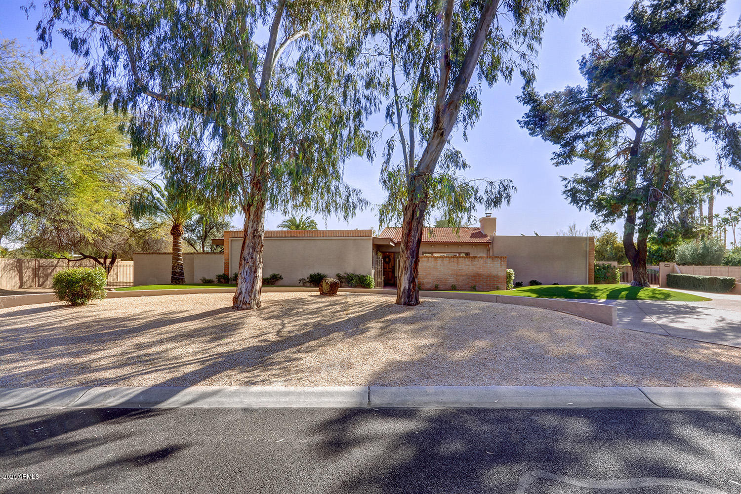 Photo of 6921 E BLOOMFIELD Road, Scottsdale, AZ 85254