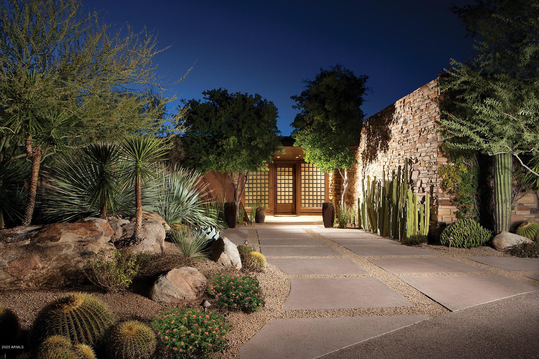 Photo of 10032 E PALO BREA Drive, Scottsdale, AZ 85262