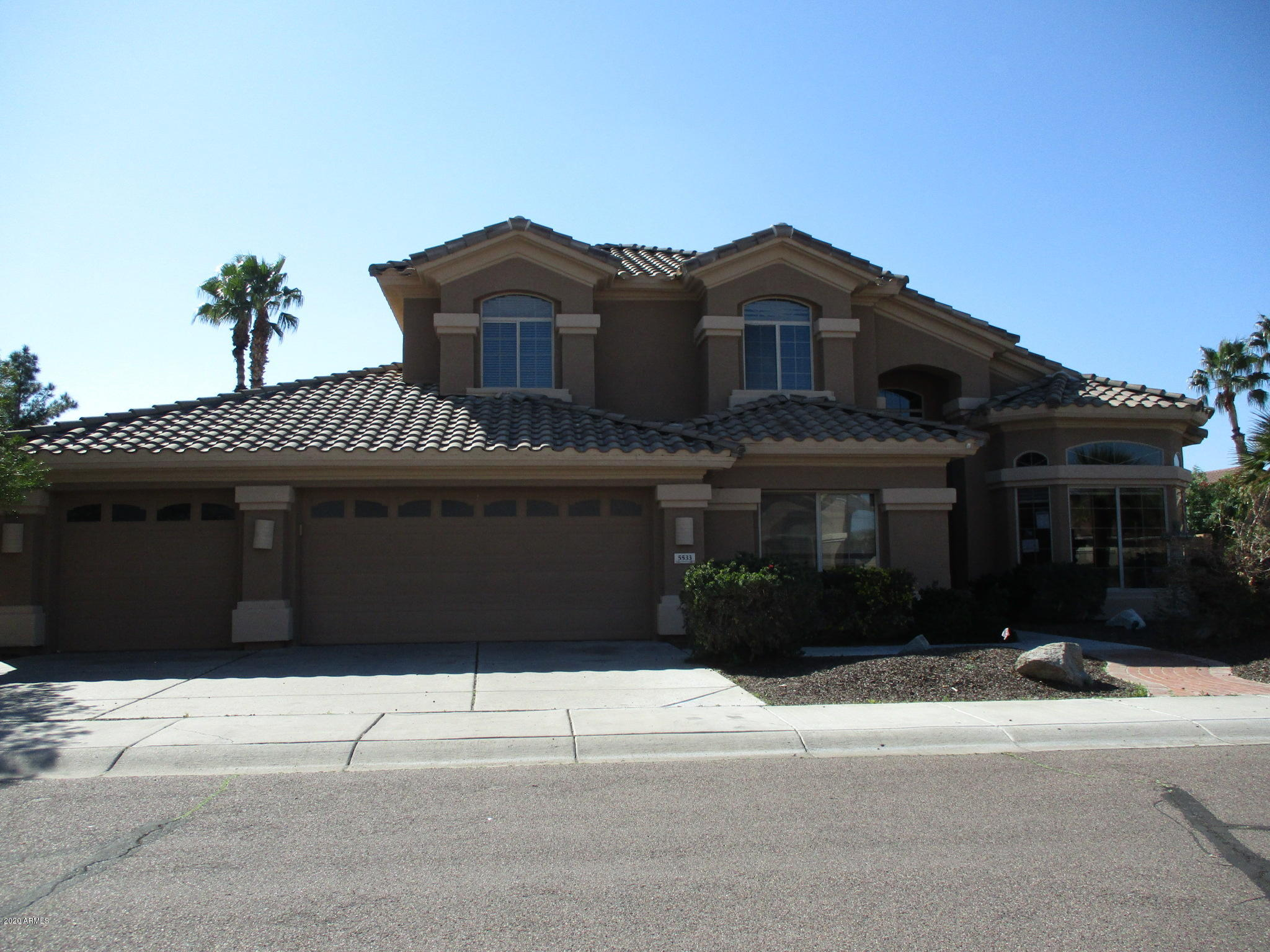 Photo of 5533 E HELENA Drive, Scottsdale, AZ 85254