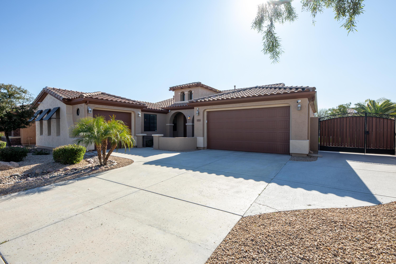 Photo of 15765 W BERKELEY Road, Goodyear, AZ 85395