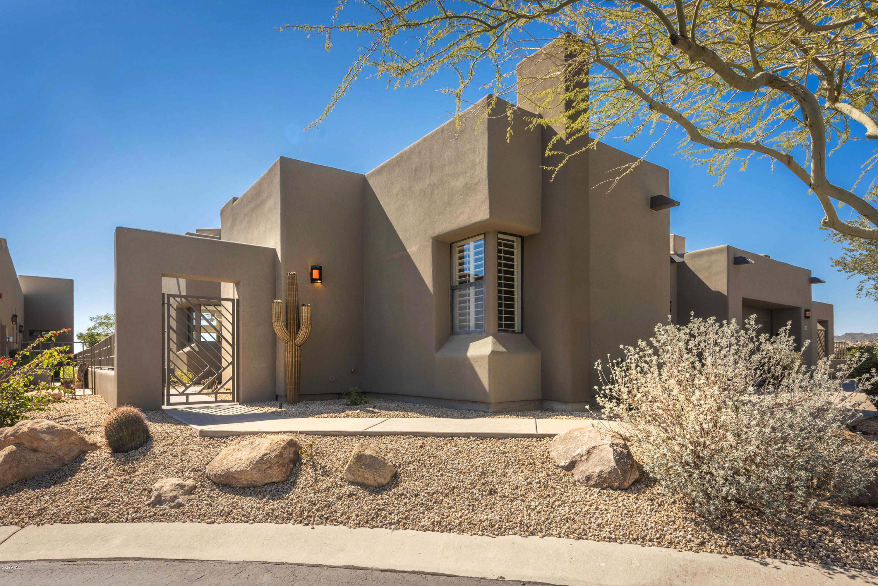 Photo of 17105 E LA MONTANA Drive #216, Fountain Hills, AZ 85268