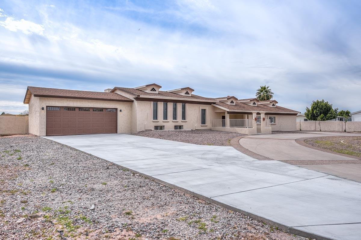 Photo of 6439 W GREENBRIAR Drive, Glendale, AZ 85308
