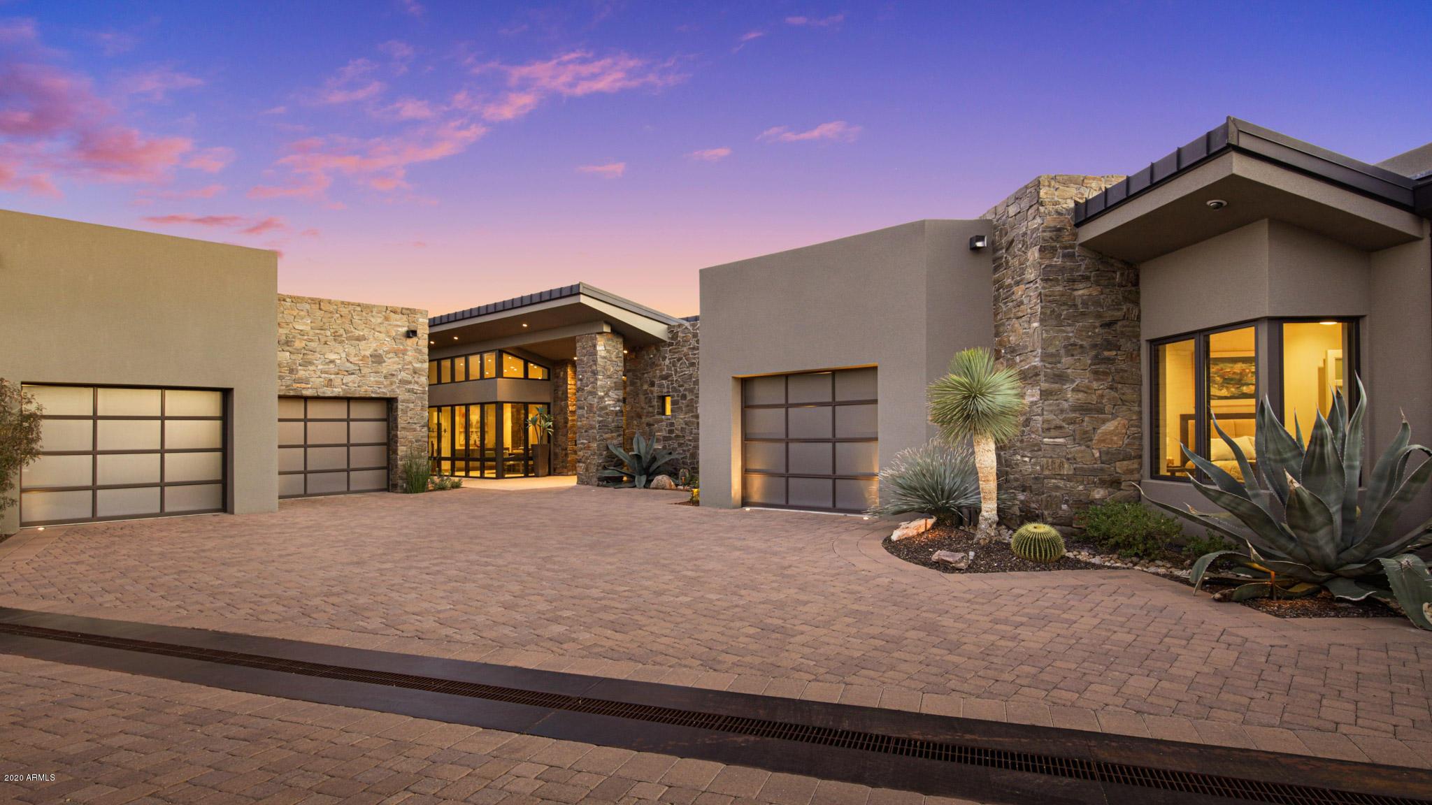 Photo of 11129 E DISTANT HILLS Drive #25, Scottsdale, AZ 85262