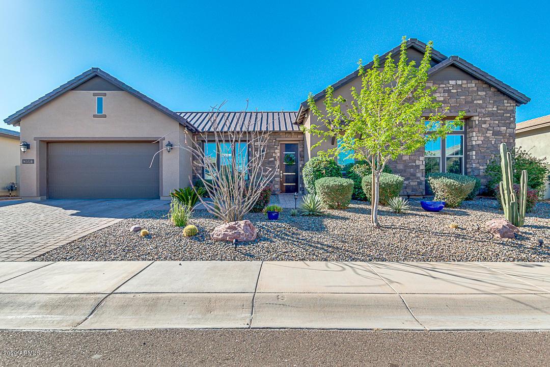 Photo of 3661 E AQUARIUS Place, Chandler, AZ 85249