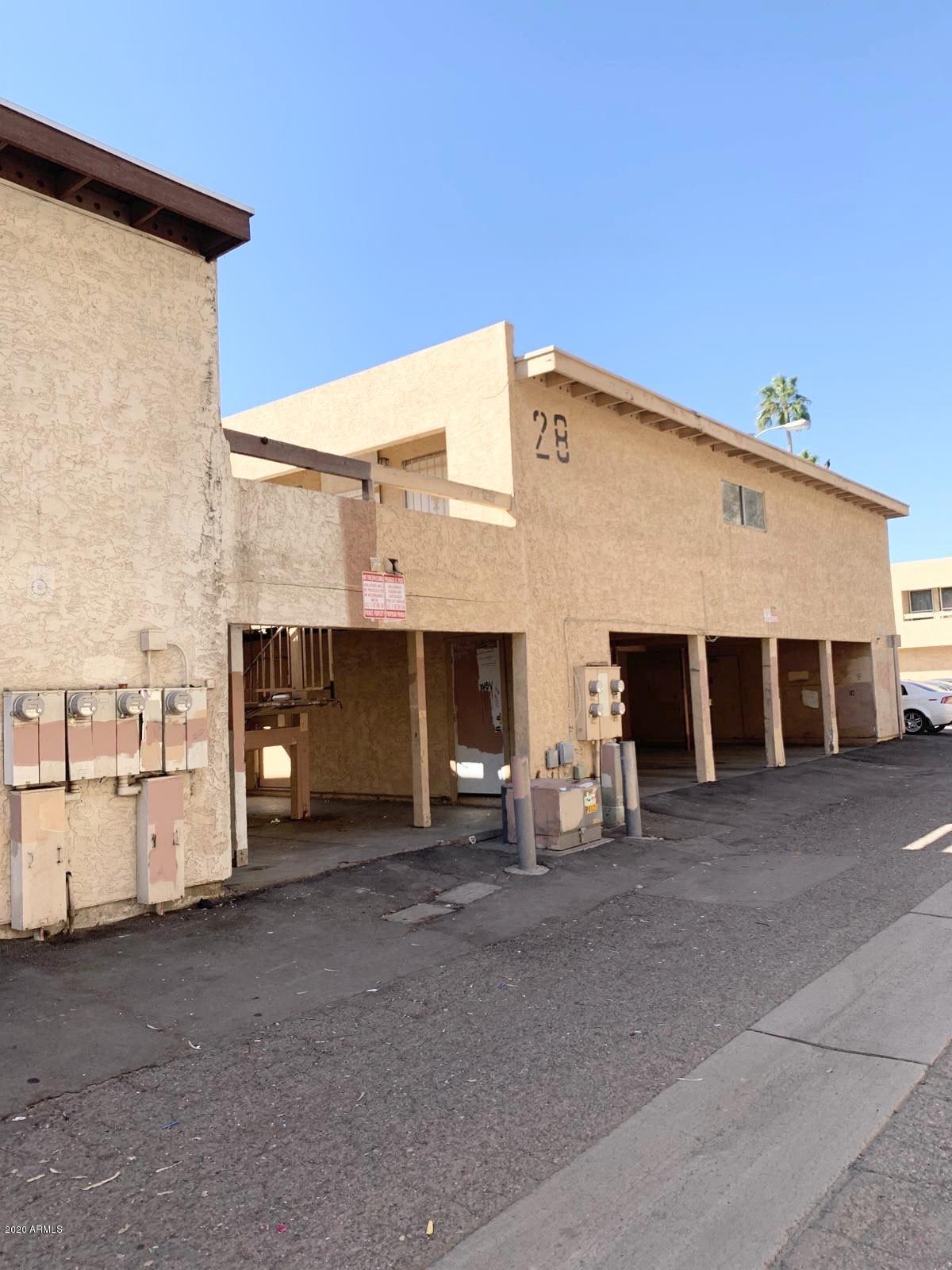 Photo of 2686 N 43RD Avenue #B, Phoenix, AZ 85009