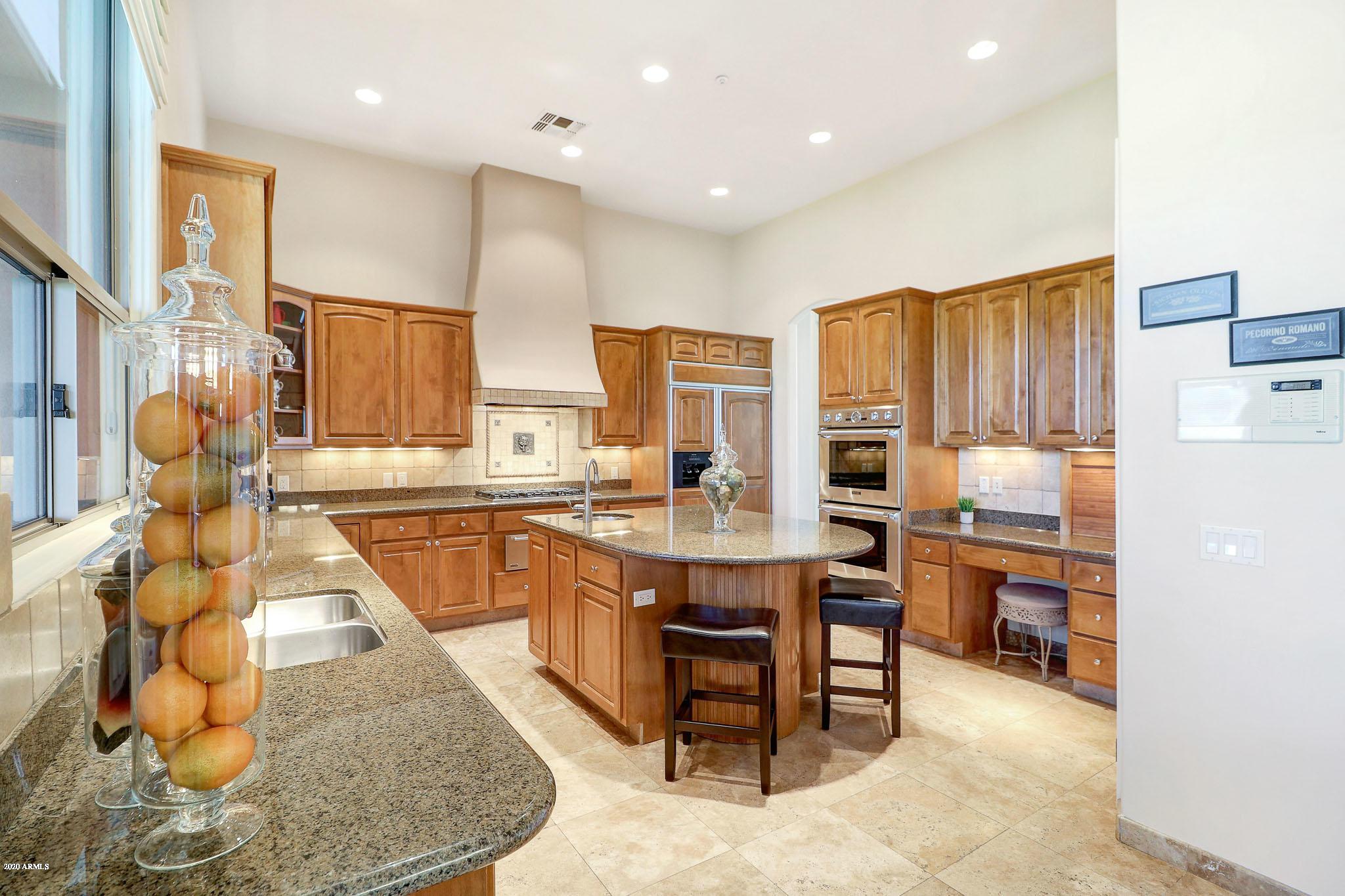 Photo of 8144 E Olesen Road, Scottsdale, AZ 85266