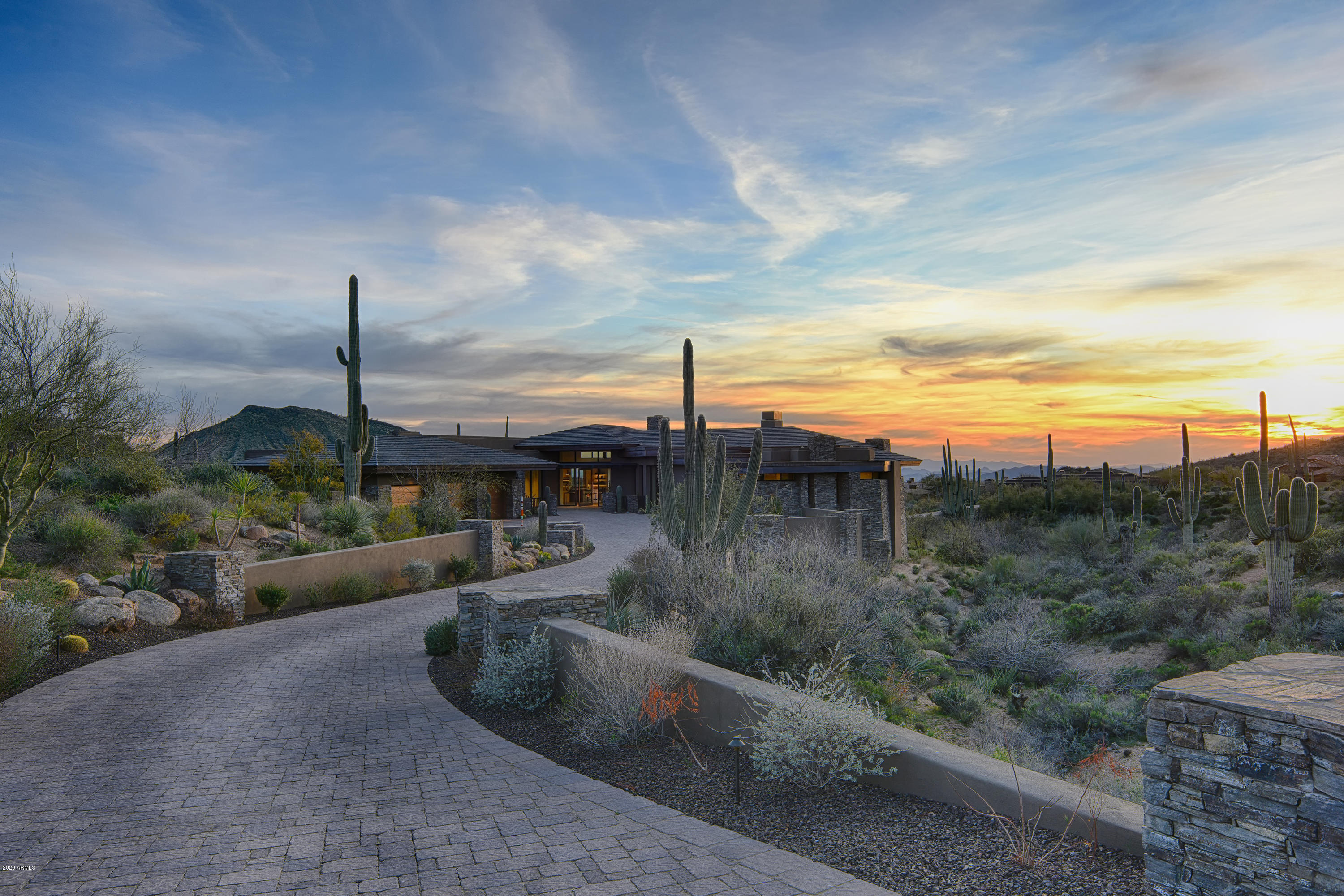 Photo of 9847 E CHIRICAHUA Pass, Scottsdale, AZ 85262