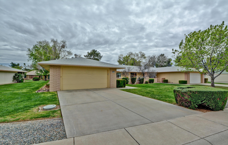 Photo of 12827 W PEACH BLOSSOM Drive, Sun City West, AZ 85375