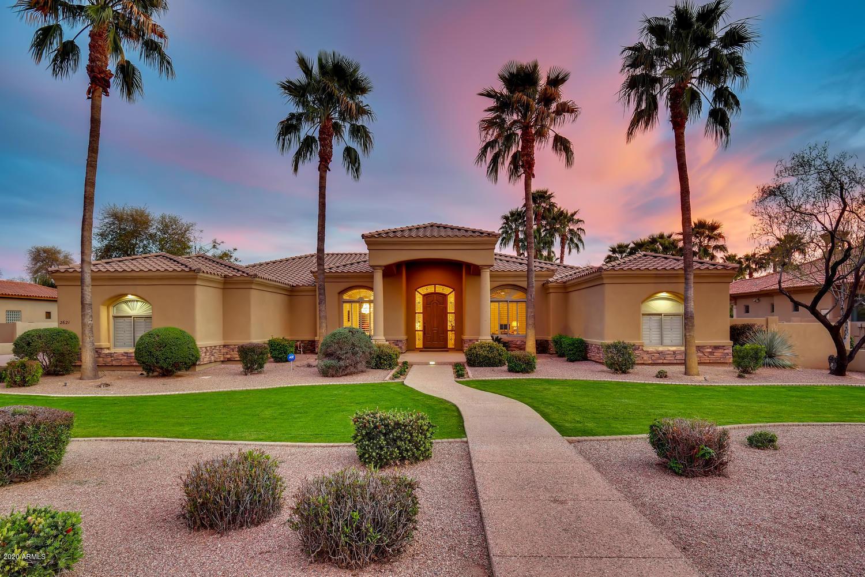 Photo of 2621 E BIRCHWOOD Place, Chandler, AZ 85249