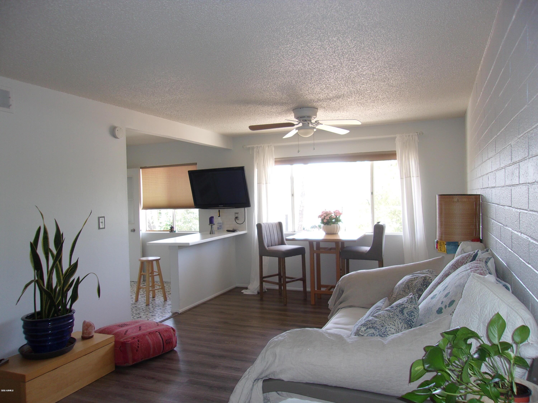 Photo of 8221 E GARFIELD Street #L208, Scottsdale, AZ 85257
