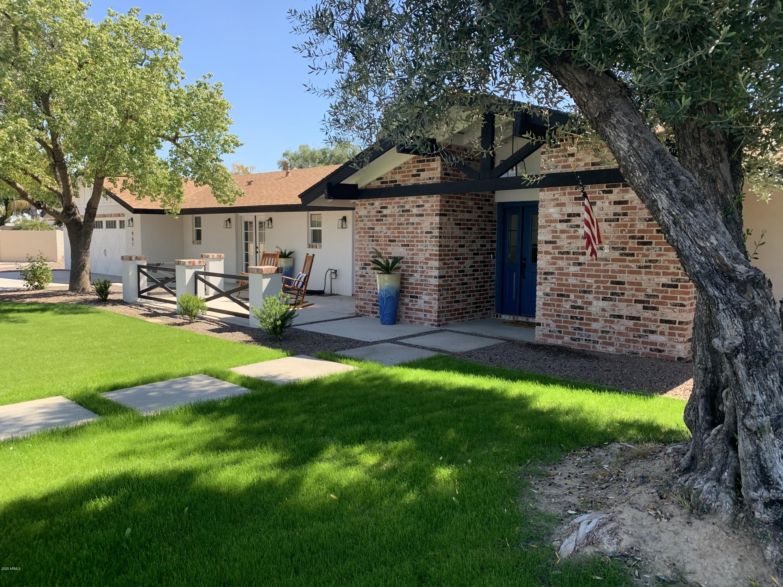 Photo of 961 E LIEBRE Circle, Litchfield Park, AZ 85340