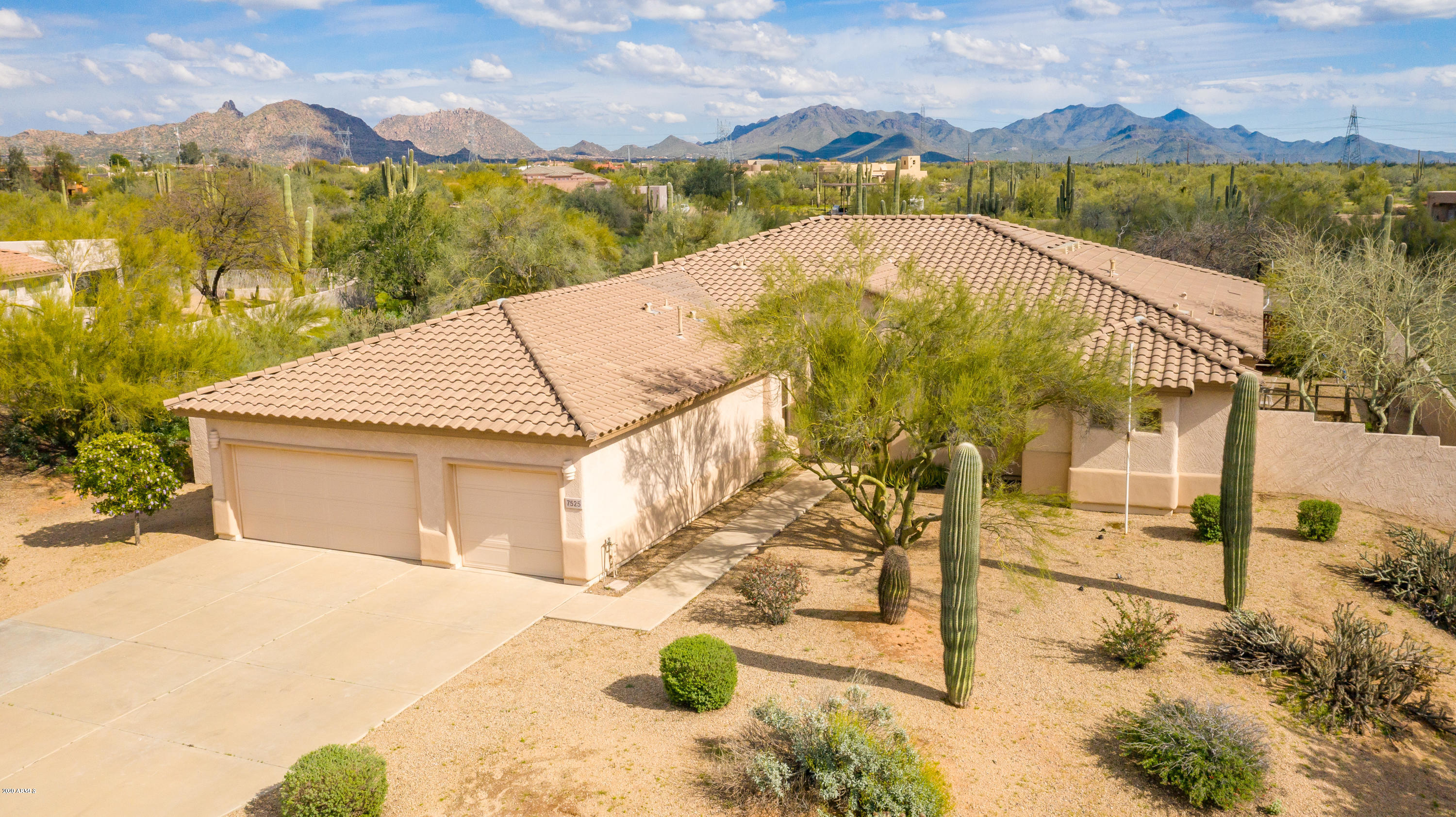 Photo of 7525 E MONTERRA Way, Scottsdale, AZ 85266
