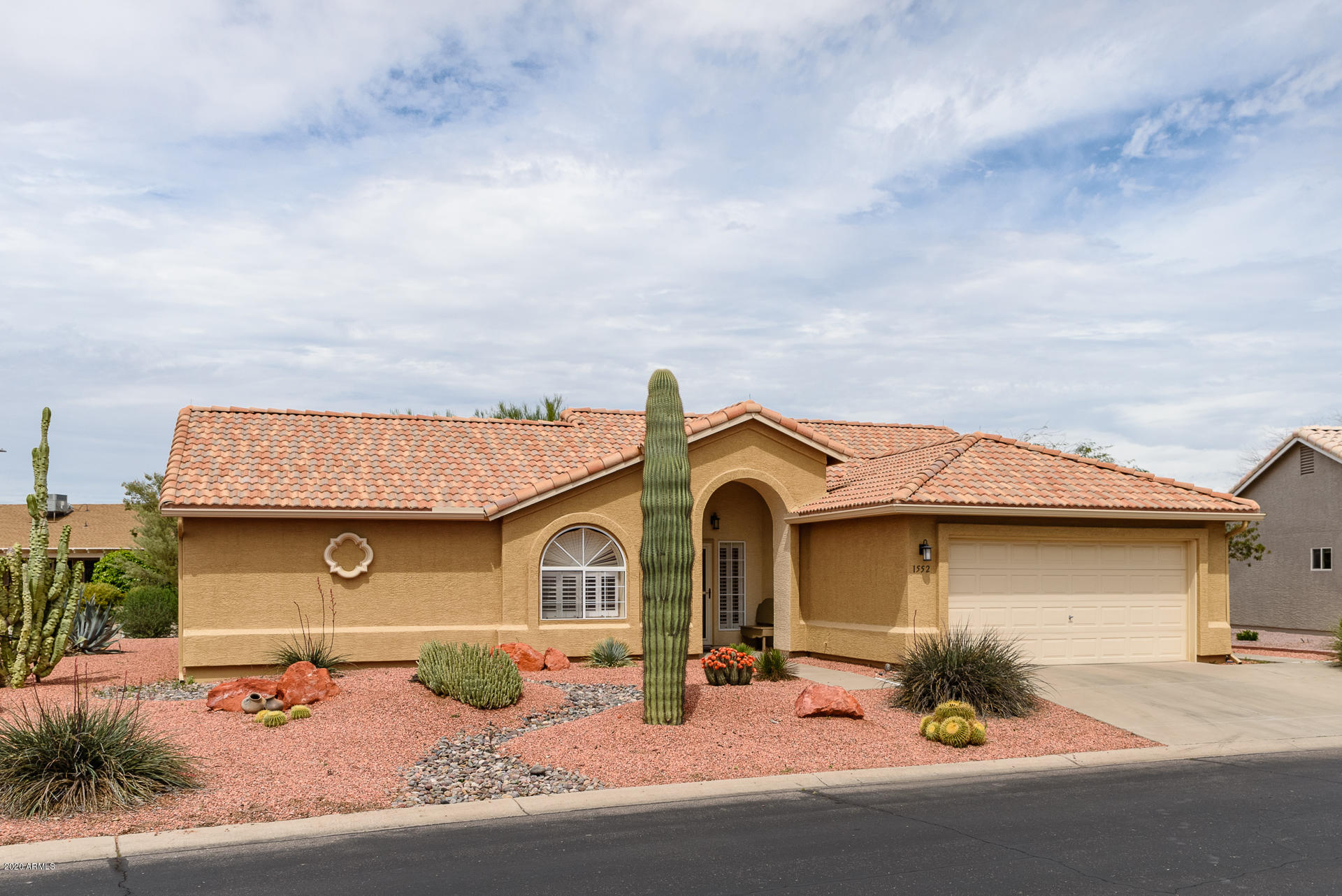 Photo of 1552 E PALM BEACH Drive, Chandler, AZ 85249