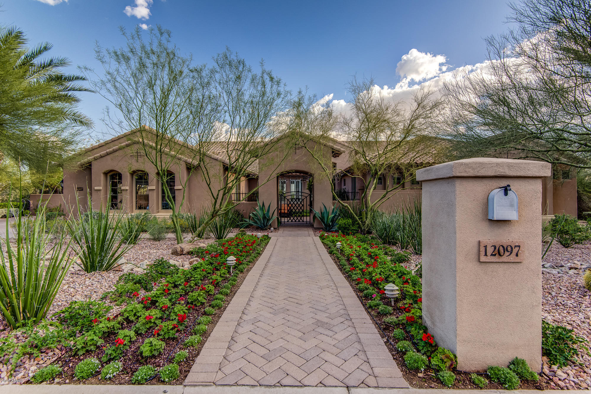 Photo of 12097 E LUPINE Avenue, Scottsdale, AZ 85259