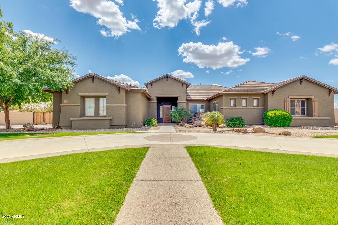 Photo of 14381 W HOPE Drive, Surprise, AZ 85379
