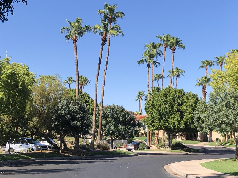 Photo of 1633 E LAKESIDE Drive #157, Gilbert, AZ 85234