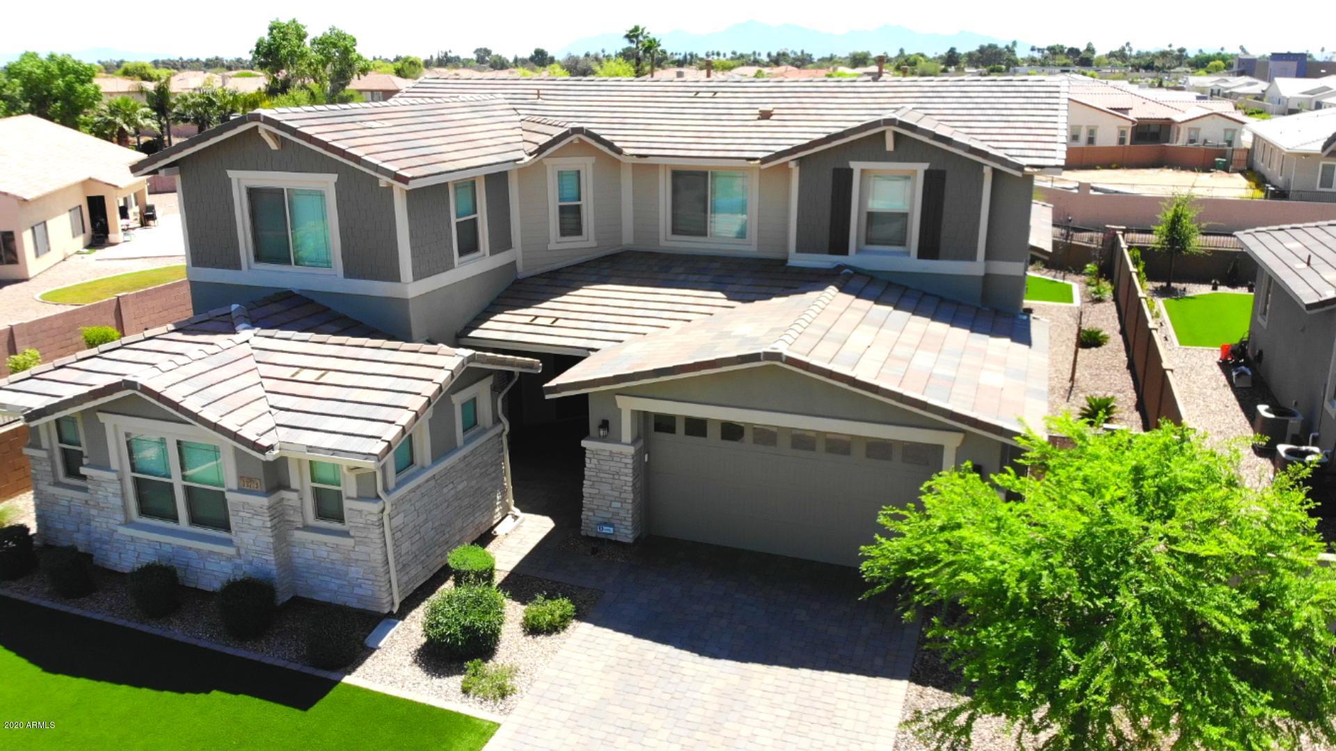 Photo of 13713 W HARVEST Avenue, Litchfield Park, AZ 85340