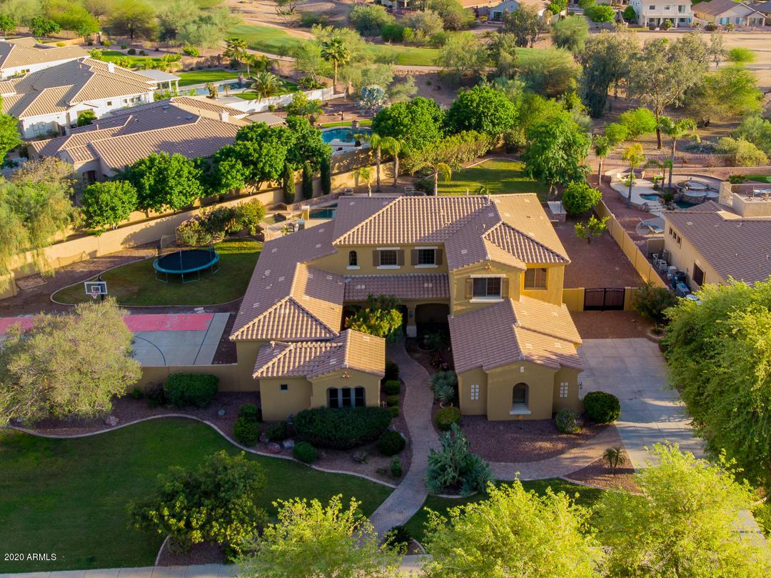 Photo of 4277 E MEADOWVIEW Drive, Gilbert, AZ 85298