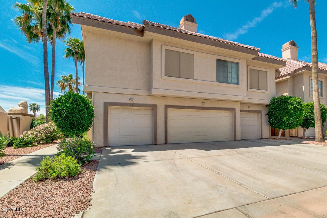 Photo of 2801 N LITCHFIELD Road #40, Goodyear, AZ 85395