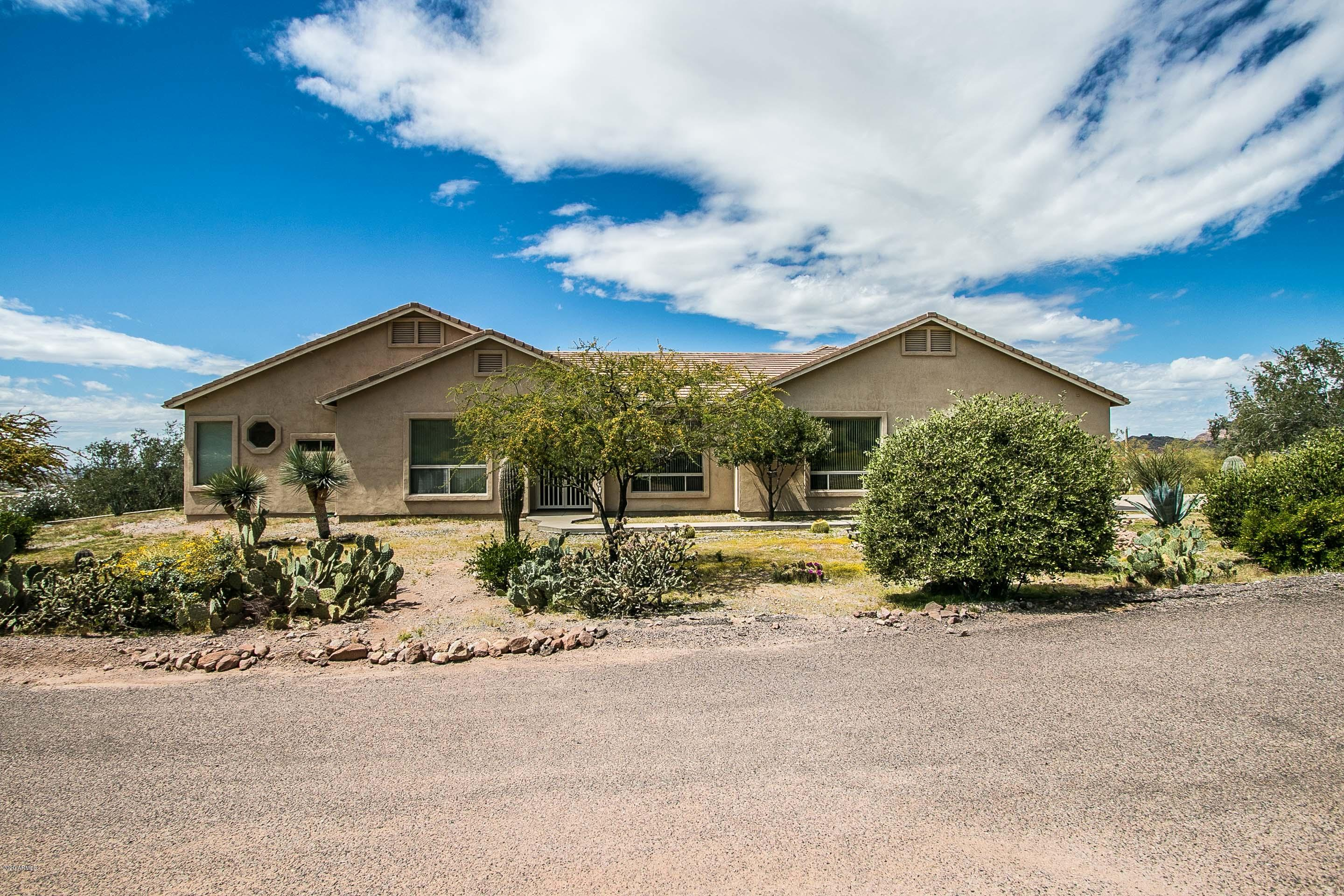 Photo of 2564 N CHARLEBOIS Road, Apache Junction, AZ 85119