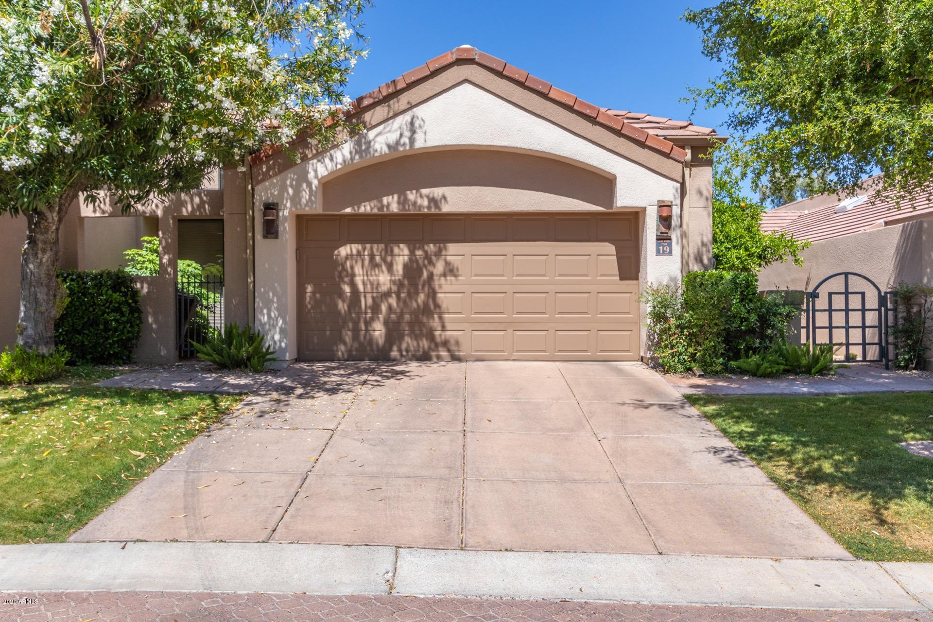 Photo of 7740 E GAINEY RANCH Road #19, Scottsdale, AZ 85258