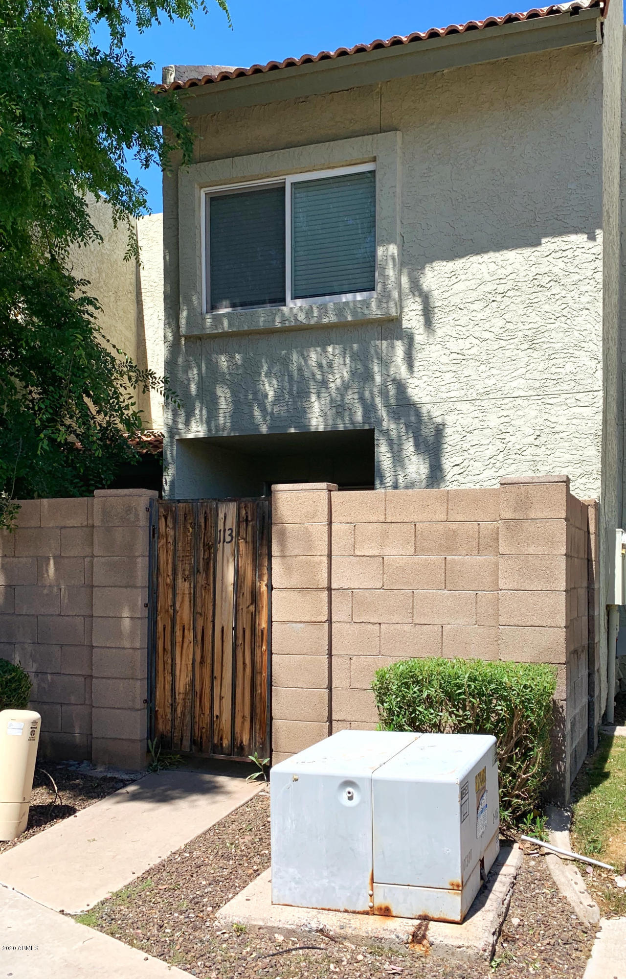 Photo of 222 W BROWN Road #113, Mesa, AZ 85201