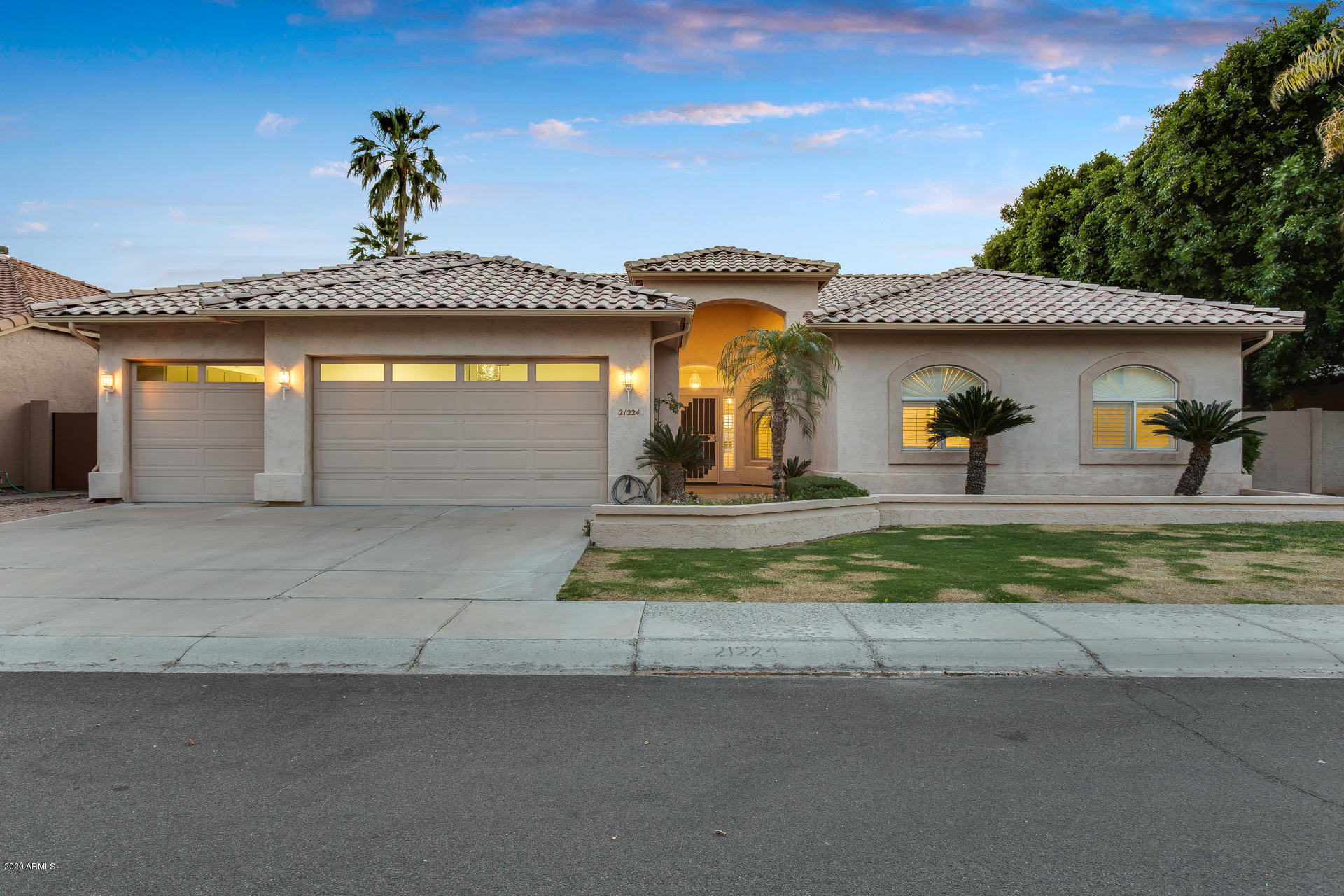Photo of 21224 N 53RD Avenue, Glendale, AZ 85308