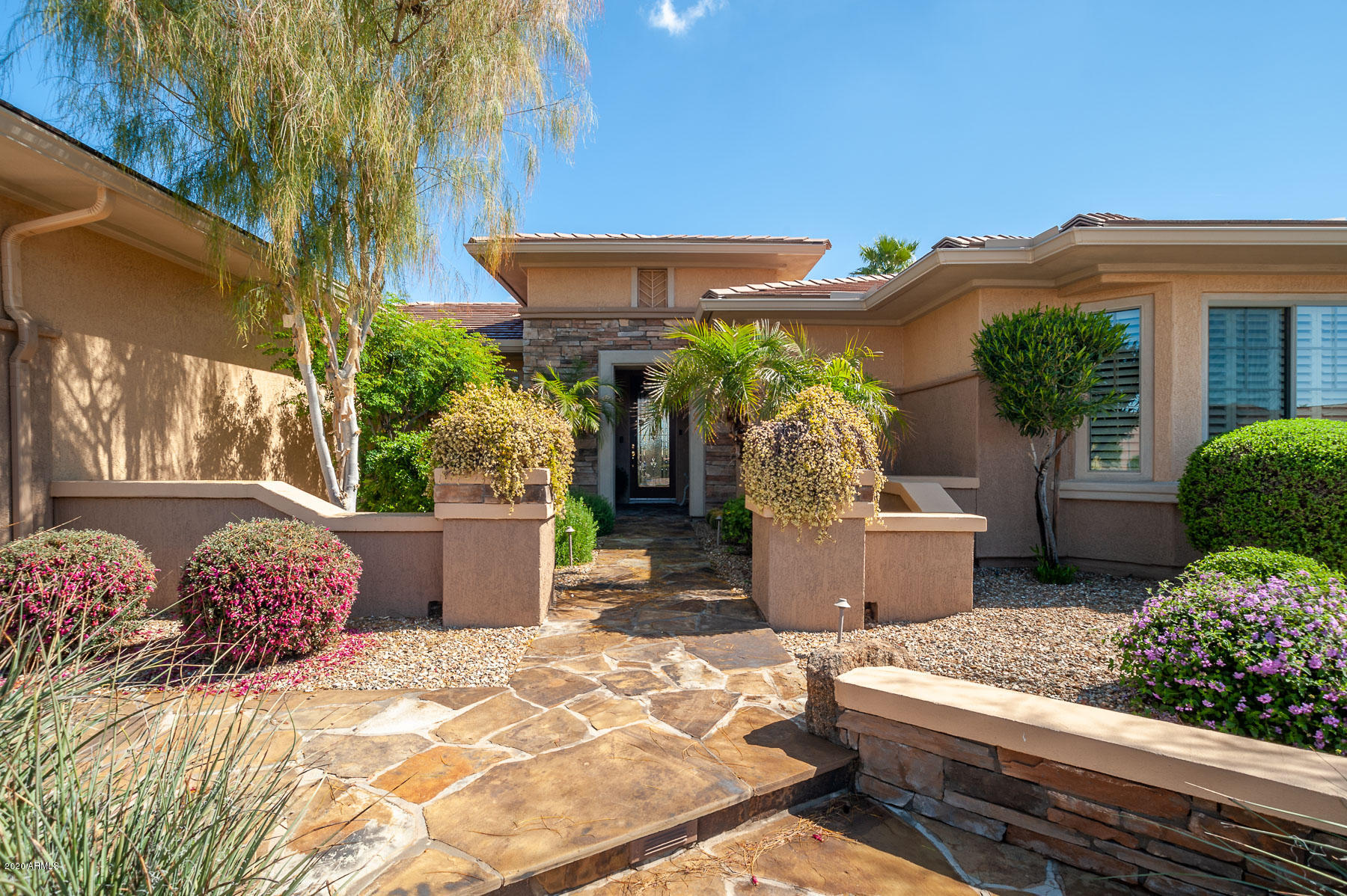 Photo of 17078 W LINKS Drive, Surprise, AZ 85387