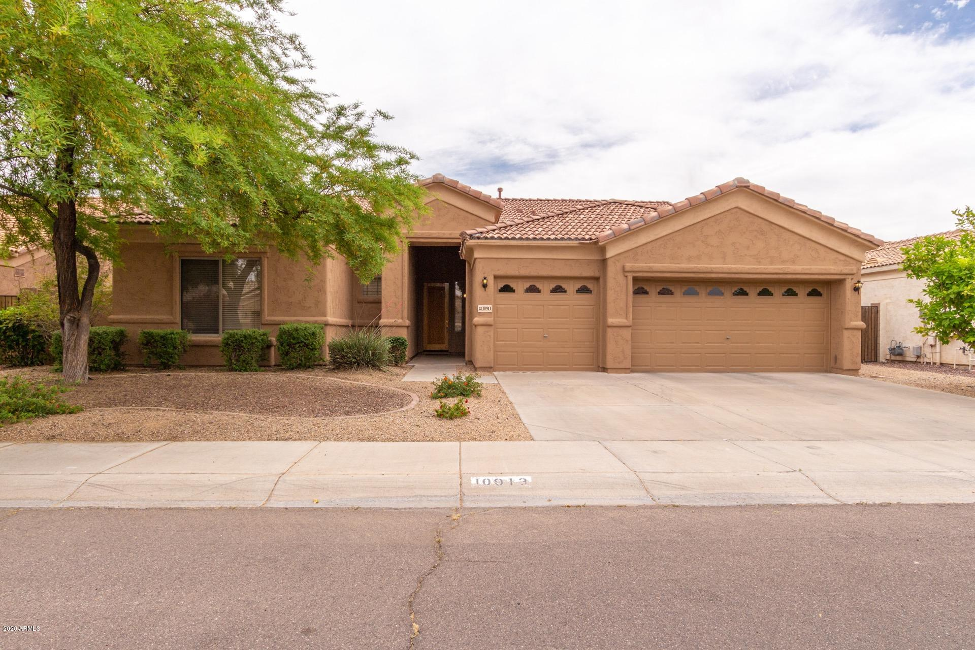 Photo of 10913 W MONTE VISTA Road, Avondale, AZ 85392