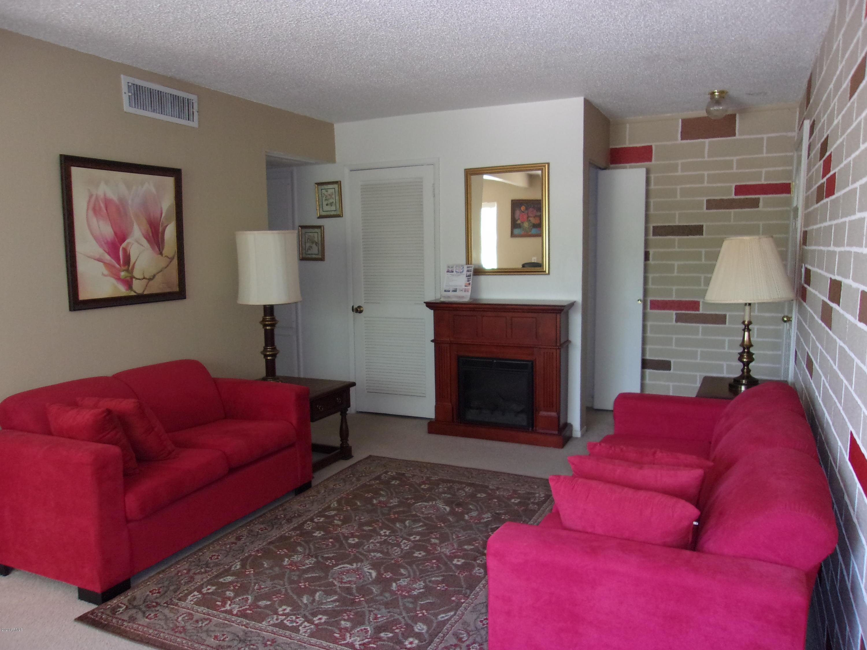 Photo of 8221 E GARFIELD Street #L215, Scottsdale, AZ 85257