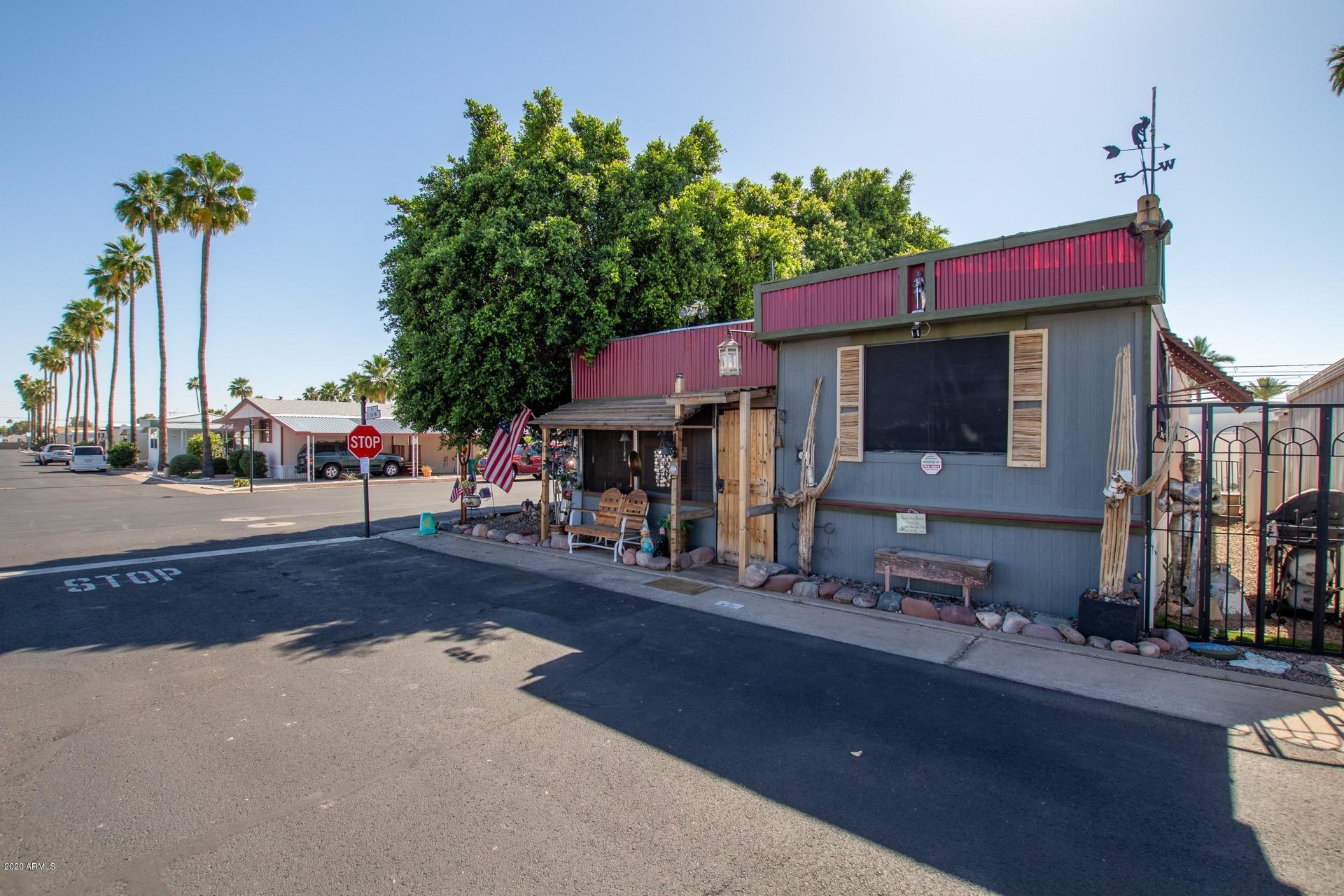 Photo of 7807 E MAIN Street #E-21, Mesa, AZ 85207