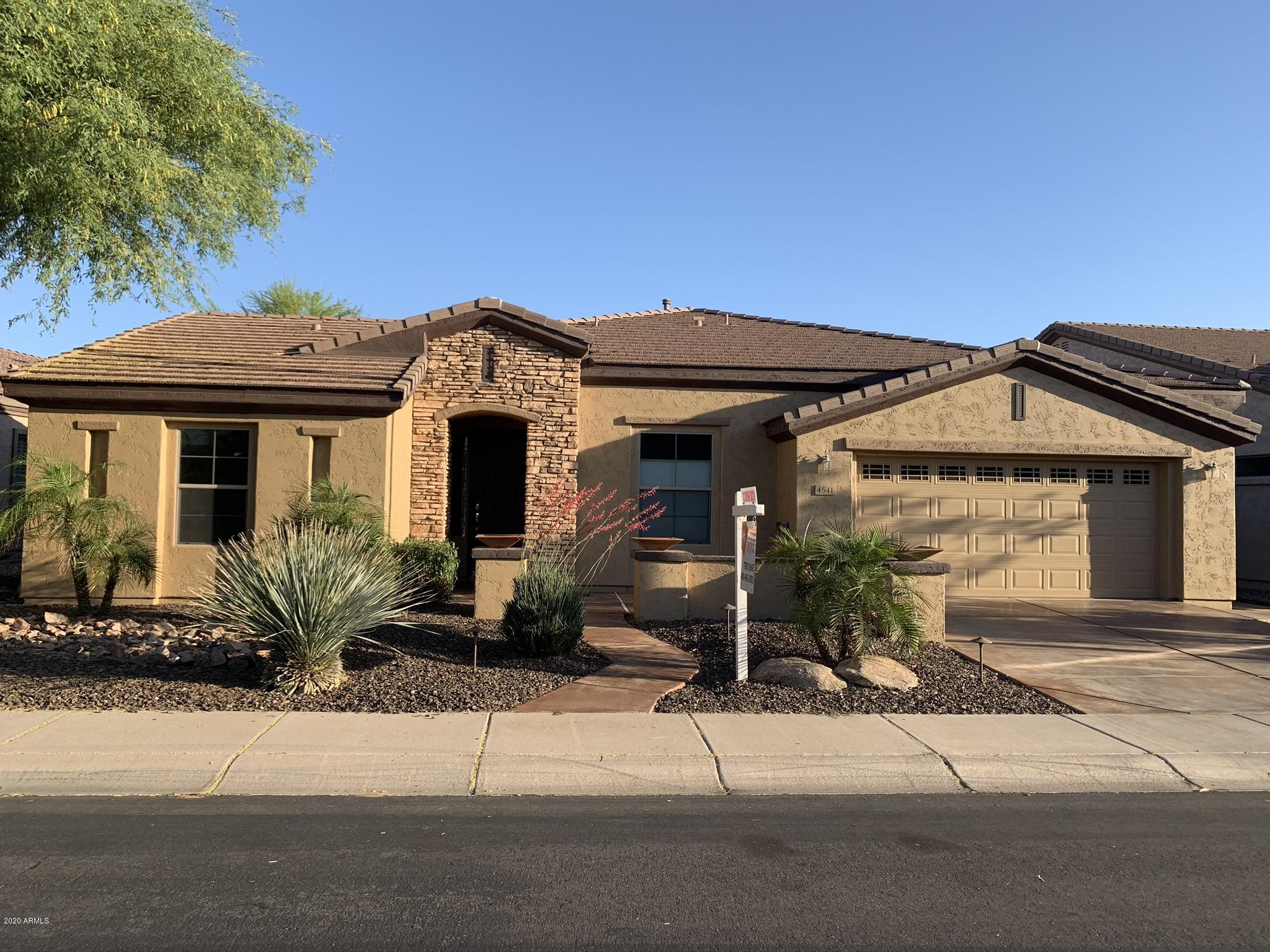 Photo of 4541 E Rakestraw Lane, Gilbert, AZ 85298