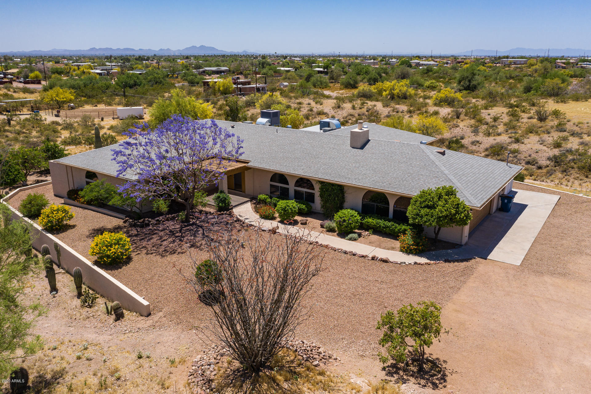 Photo of 2323 E GREASEWOOD Street, Apache Junction, AZ 85119