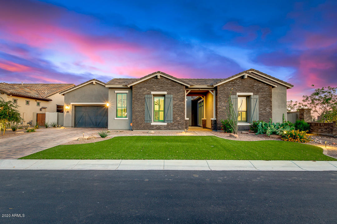 Photo of 2507 E VALLEJO Drive, Gilbert, AZ 85298