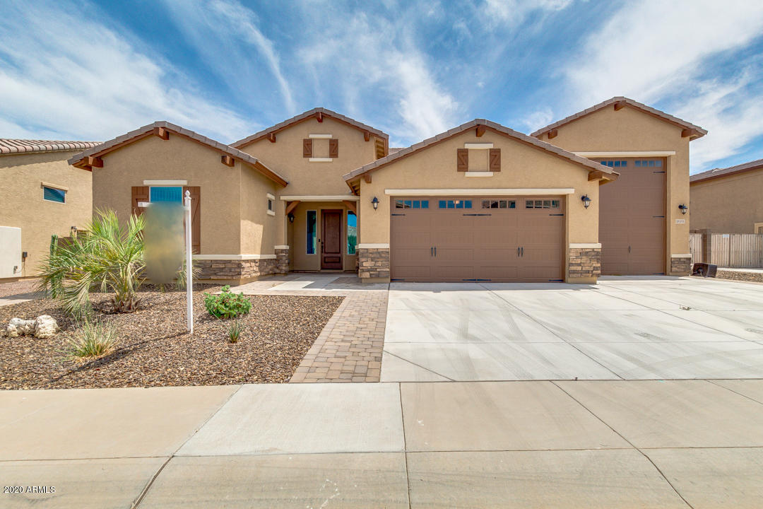 Photo of 18351 W RIMROCK Street, Surprise, AZ 85388
