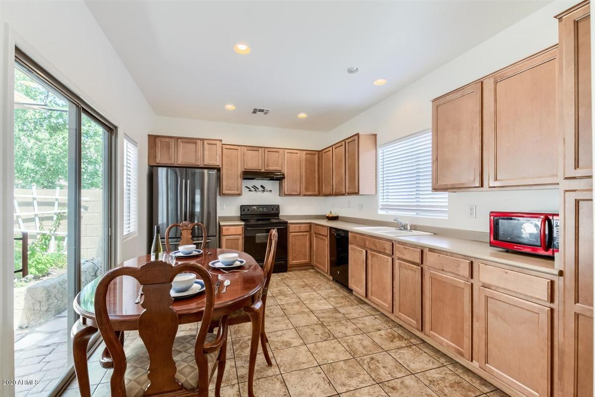 Photo of 4752 E OLNEY Avenue, Gilbert, AZ 85234