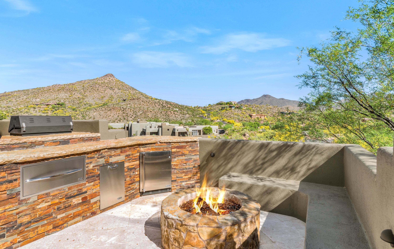 Photo of 9915 E Graythorn Drive, Scottsdale, AZ 85262