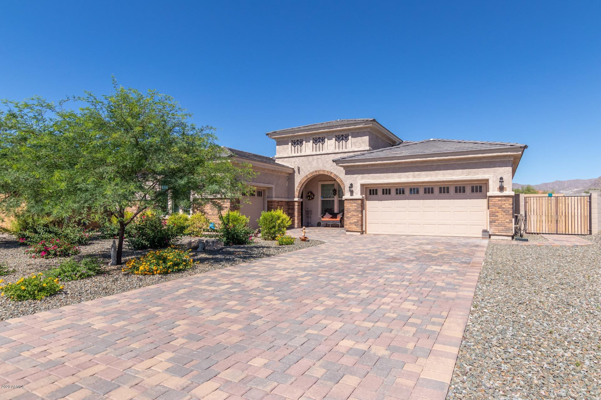 Photo of 5112 N 190TH Drive, Litchfield Park, AZ 85340