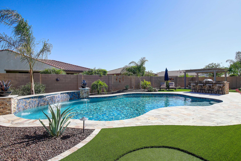 Photo of 16209 W HOLLY Street, Goodyear, AZ 85395