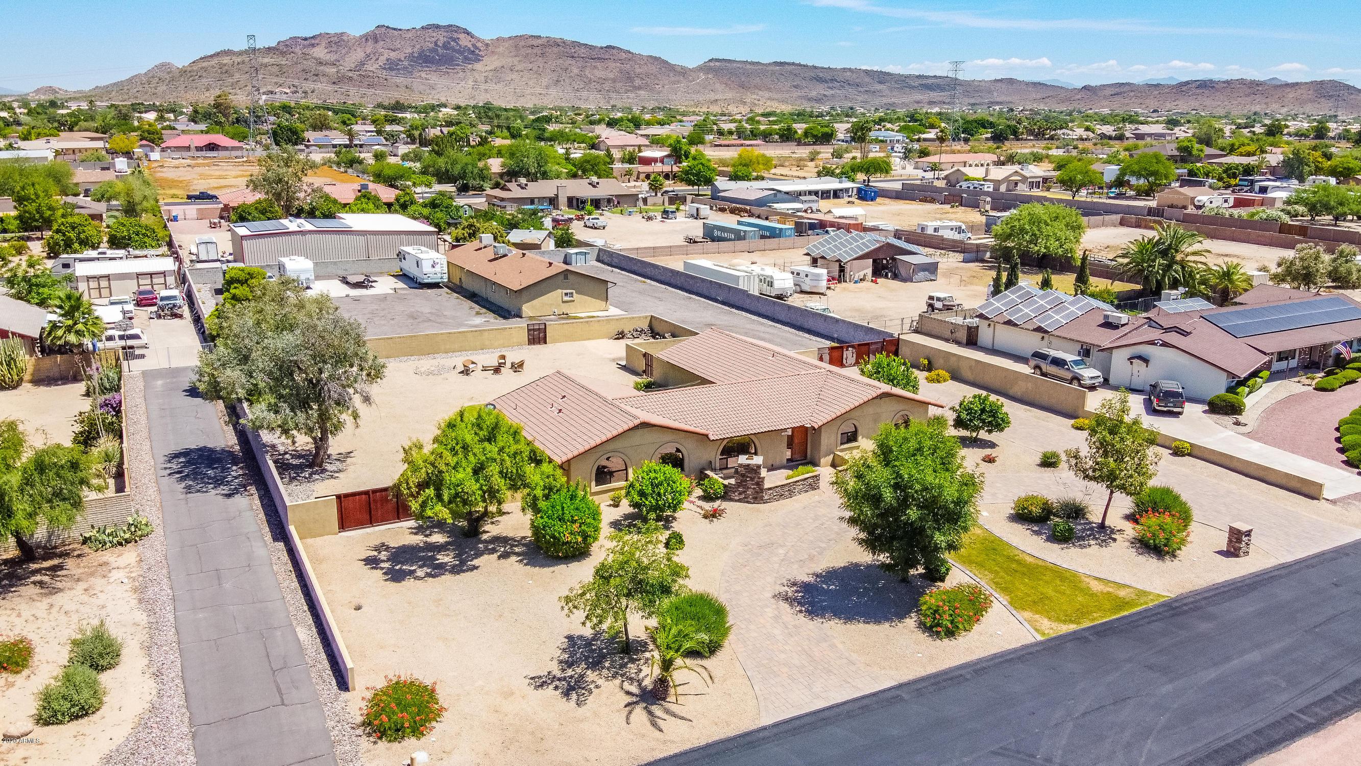 Photo of 4930 W PARK VIEW Lane, Glendale, AZ 85310