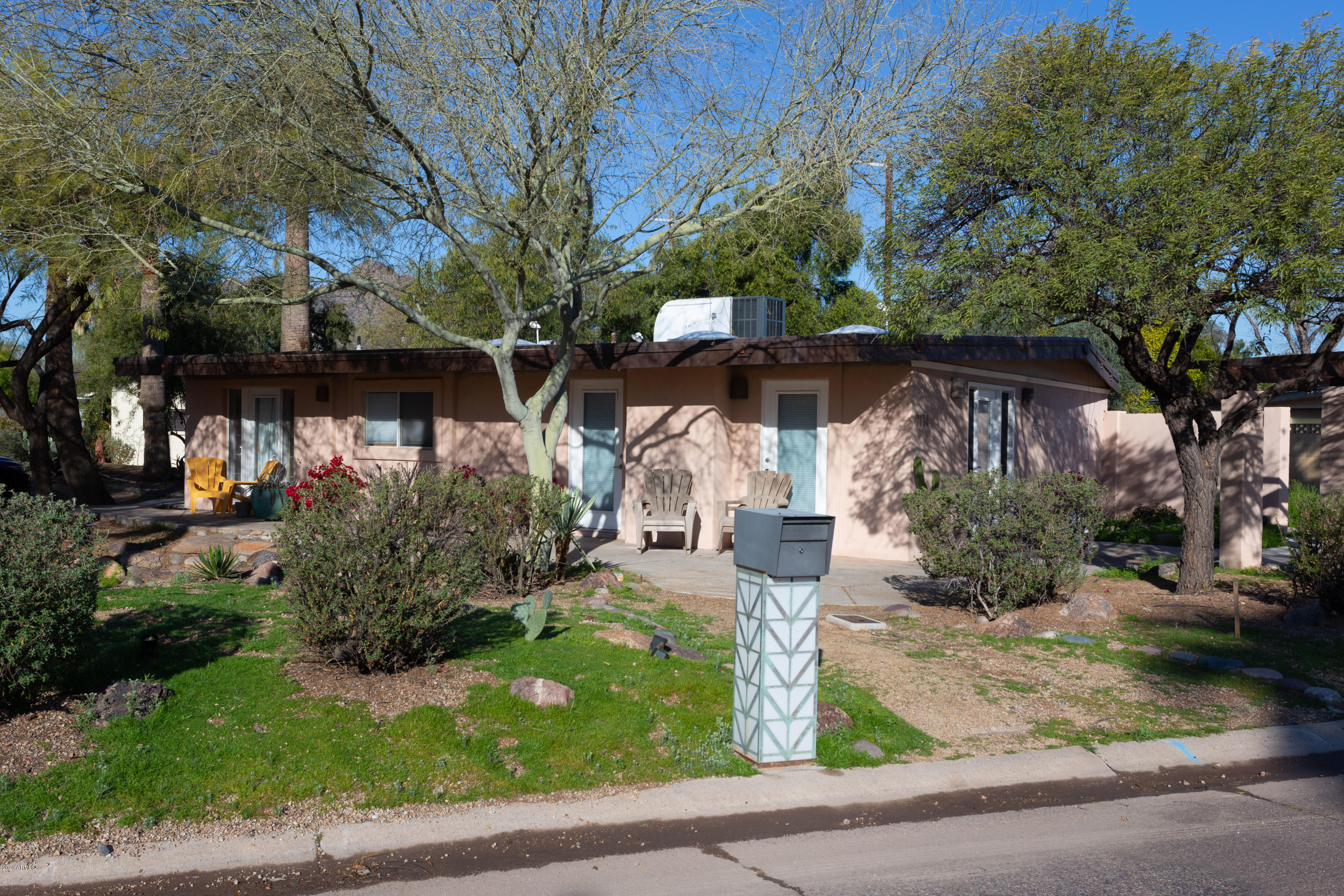 Photo of 7114 E CHAPARRAL Road, Paradise Valley, AZ 85253