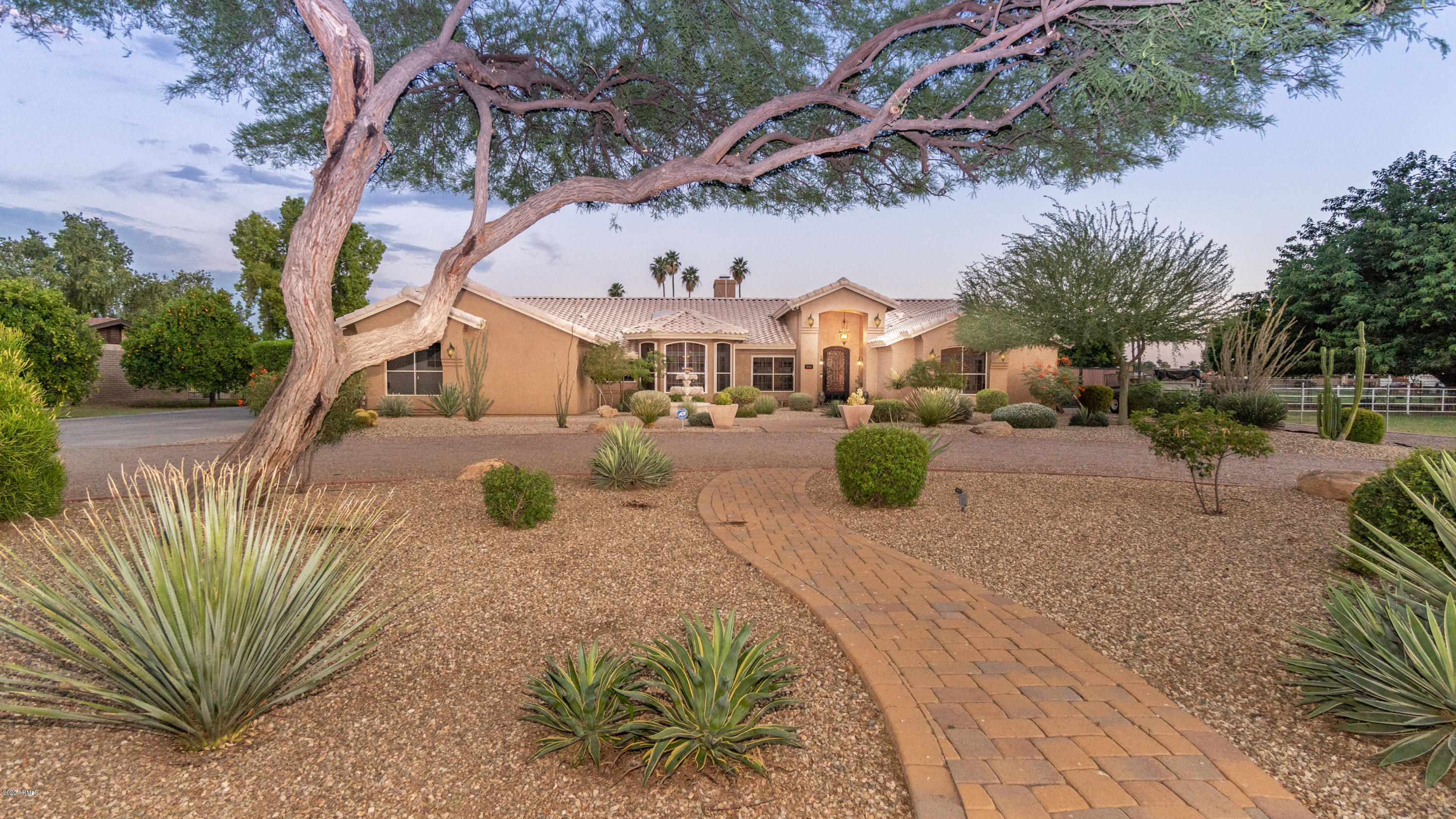 Photo of 5141 W Cinnabar Avenue, Glendale, AZ 85302