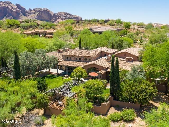 Photo of 4424 E VALLEY VISTA Lane, Paradise Valley, AZ 85253