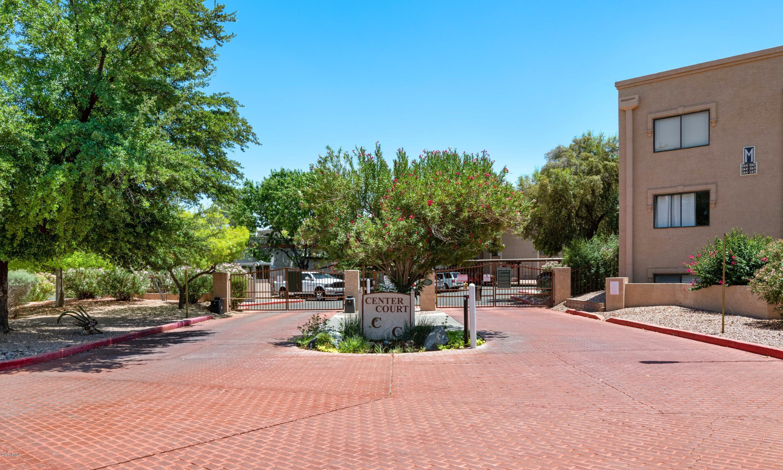Photo of 3031 N CIVIC CENTER Plaza #165, Scottsdale, AZ 85251