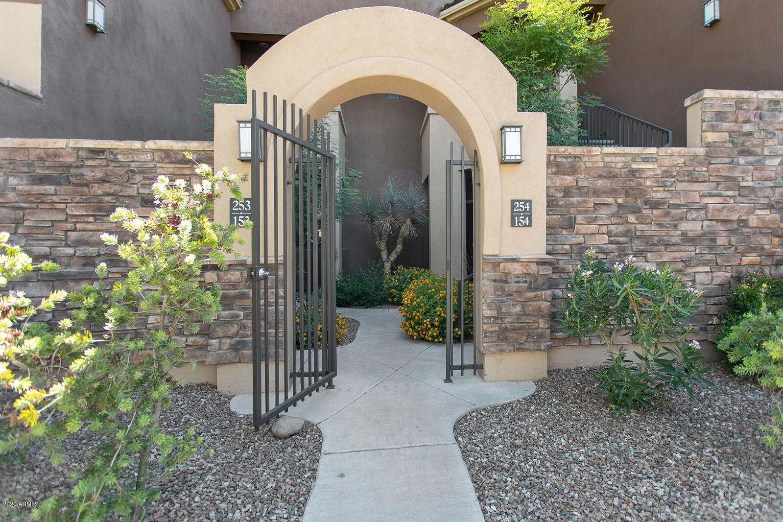 Photo of 7027 N SCOTTSDALE Road #154, Paradise Valley, AZ 85253