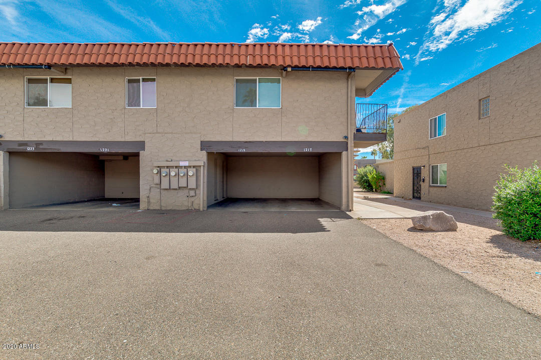 Photo of 1219 N 47TH Place, Phoenix, AZ 85008